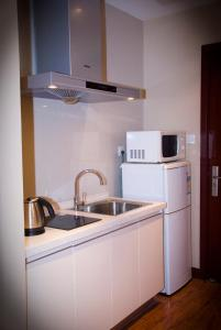 Chenlong Service Apartment - Yuanda building, Aparthotels  Shanghai - big - 27