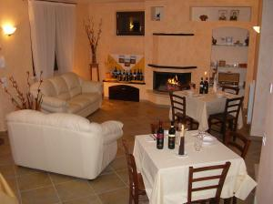 Leondina Country House, Bed & Breakfast  Corinaldo - big - 21