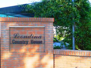 Leondina Country House, Bed & Breakfast  Corinaldo - big - 41