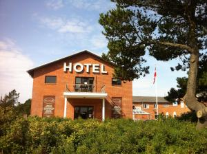 Photo of Hotel Strandlyst