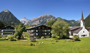 All Suite Hotel Garni Leithner - Pertisau am Achensee - Exterior - Winter