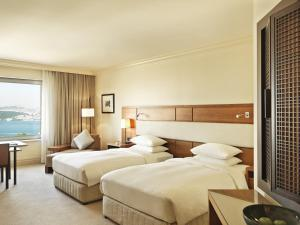Grand Club Twin Room