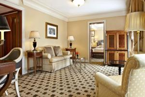 Hotel Grande Bretagne, a Luxury Collection Hotel - 32 of 43