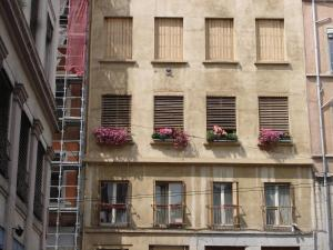 Chambres Les Soyeuses, Bed & Breakfasts  Lyon - big - 16