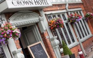 Photo of Crown Hotel