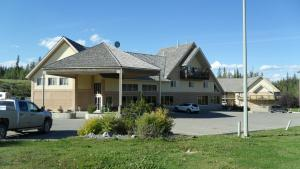 Photo of Lakeview Inn & Suites   Hinton