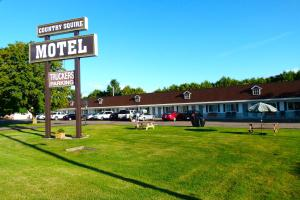 Photo of Country Squire Motel