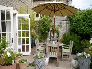 Cotswolds 58 in Coln Saint Aldwyn, Gloucestershire, England