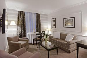 Junior Suite with 2 Beds