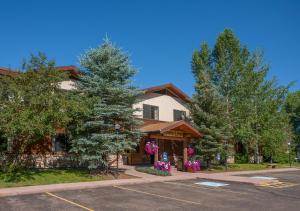 Steamboat Mountain Lodge - Steamboat Springs, CO 80487 - Photo Album
