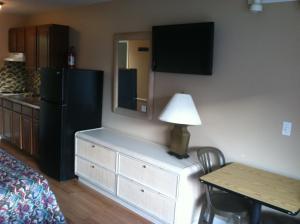 Standard Room with Two Double Beds with Kitchenette