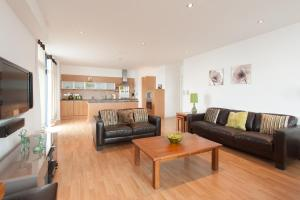 Glasgow City by Reserve Apartments
