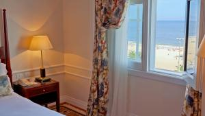 Deluxe Room with Beach View