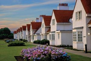 Lands Of Turnberry Apartments And Cottages