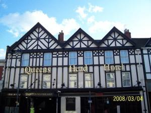 The Queens Head Hotel in Morpeth, Northumberland, England