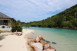 Photo of Phi Phi Ba Kao Bay Resort