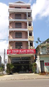 Photo of Tigon Blanc Hotel