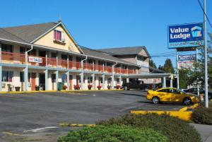 """Value Lodge Motel"""