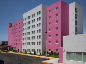 Photo of City Express Suites Toluca
