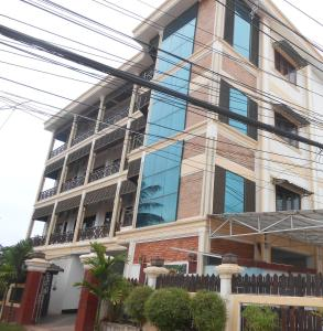 Chansone Siharath 3 Apartment