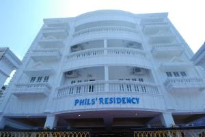 Phils' Residency & Banquets, Отели  Коччи - big - 1