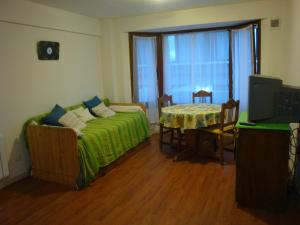 One-Bedroom Superior Apartment (2 - 4 Adults)