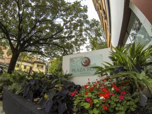Photo of Hotel Plaza Rosa