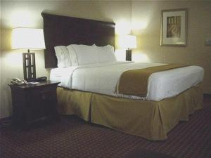 Queen Suite with Two Queen Beds