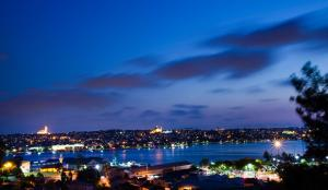 Golden Horn Panoramic Suite with Sea View - Business Lounge Access