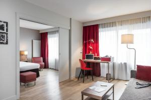 Photo of Aparthotel Adagio Paris Bercy Village