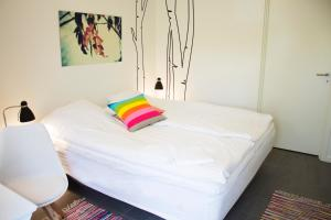 272 Bed & Breakfast, Bed and Breakfasts  Esbjerg - big - 22