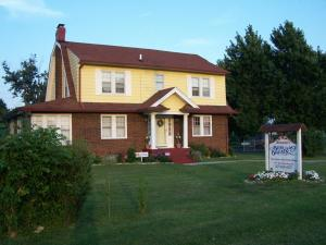 Photo of Renata's Bed And Breakfast