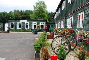 Scottish Equi B&B, Bed & Breakfast  Lanark - big - 1