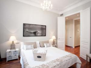 Five-Bedroom Apartment (9 Adults) Rambla catalunya, 101-103