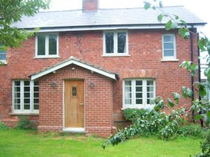 Wold Farm Bed and Breakfast in binbrook, Lincolnshire, England