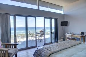 Suite with Sea View and Balcony 2