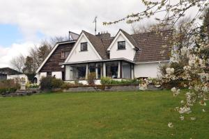 Photo of Lough Owel Lodge B&B