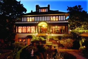 Photo of Beaconsfield Bed And Breakfast   Victoria