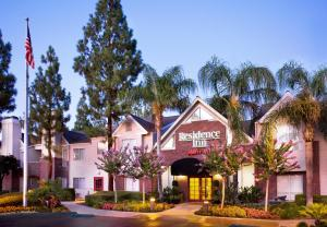 Photo of Residence Inn Bakersfield