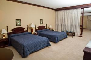Executive Suite with Two Queen Beds