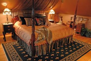 King Room with Sofa Bed