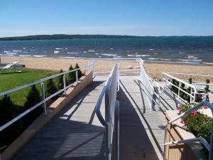 Pinestead Reef Resort, Apartmanhotelek  Traverse City - big - 35
