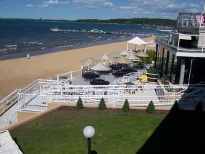 Pinestead Reef Resort, Apartmanhotelek  Traverse City - big - 31