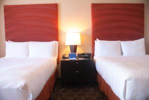 Superior Queen Room with Two Queen Beds (3 Adults)