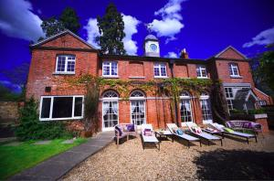 The Real Retreat Company in Flore, Northamptonshire, England