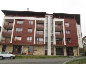 Alexander Services Apartments In Predela