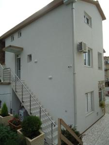 Apartments and Rooms Villa Gaga 2, Bed & Breakfasts  Budva - big - 64