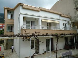 Apartments and Rooms Villa Gaga 2, Bed & Breakfasts  Budva - big - 63