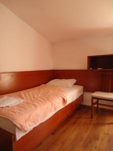 Apartments and Rooms Villa Gaga 2, Bed & Breakfasts  Budva - big - 62