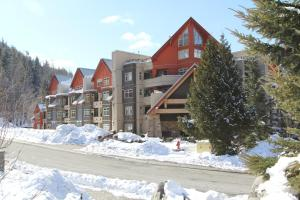 Two-Bedroom Suite - Lake Placid Lodge